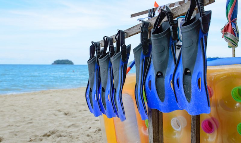 open heal fins scuba diving